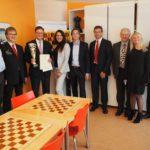 (von links) Peter Luban - Herbert Bastian - Roman Krulich - Dragana Zivotic - Stefan Kindermann -  Frank Neumann - Peter Eberl - Dijana Dengler - Mathias Paul